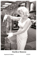 MARILYN MONROE - Film Star Pin Up PHOTO POSTCARD - 201-874 Swiftsure Postcard - Artistes