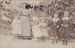 CARTE PHOTO,BELGIQUE,LUXEMBOURG,HOTTON,FAMILLE NOMBREUSE,IL Y A 100 ANS,RARE - Hotton