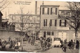 CLERMONT-FERRAND SORTIE DE L'USINE MICHELIN - Clermont Ferrand