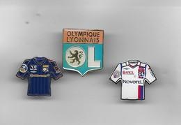 3 PIN'S OLYMPIQUE LYONNAIS - Football