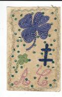 Carte Postale Militaire Brodée   Sur Tulle  Service Des Troupes En Campagne Fleur+ Croix De Lorraine TBE écrite  1916 - Ricamate