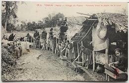 TONKIN__Hanoï -Village Du Papier -Femmes Tirant Le Papier De La Cuve. - Viêt-Nam