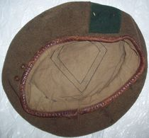 Antique Army Khaki Beret - Casques & Coiffures