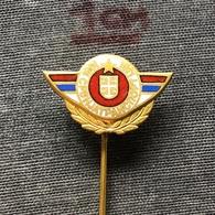 Badge (Pin) ZN007860 - Automobile (Car) Autobus Truck (Lastkraftwagen / Kamion) Yugoslavia Serbia Srbijatransport - Badges