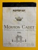 9709 - Mouton Cadet 1970 état Moyen - Bordeaux