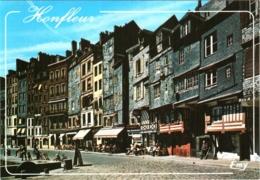 CPM 14 (Calvados) Honfleur - Les Façades Typiques Du Quai Sainte-Catherine TBE - Honfleur