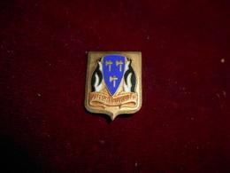INSIGNE MARINE BATEAU DUMONT D URVILLE FAB AUGIS - Navy