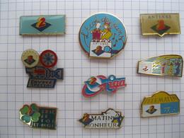 ANTENNE 2 Lot De 9 Pin's - Pin's