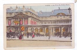 75  PARIS  La Place Du Palais Royal 2 - Transport Urbain En Surface