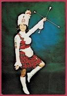 CPM 86 Groupe écossais De CHATELLERAULT - Madame Anny Demaisons * Vienne Majorette Majorettes Scotland Ecosse Scottich - Chatellerault