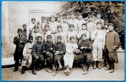CPA CARTE-PHOTO 86 POITIERS Vienne - Groupe De Soldats (125e De Ligne) * Militaire MILITARIA 1914 - Poitiers