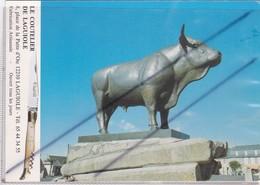 Laguiole (12) Le Taureau (Sculpteur Guyot) Le Coutelier De Laguiole - Laguiole