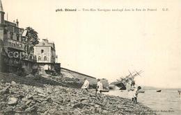 Va03978 Dinard_Ille_et_Vilaine_Bretagne Strand Gek?ntertes Schiff  Dinard_Ille - Dinard