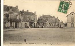 BOUGUENAIS - La Place De L' Eglise Et La Mairie 97 - Bouguenais