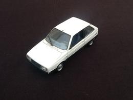 Voiture Miniature Citroën Axel (1985) - Voitures, Camions, Bus