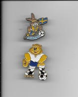2  PIN'S MASCOTTE EURO 92/94 - Football