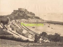 GRANDE PHOTO ALBUMINEE LARGE ANTIQUE VINTAGE ALBUMEN PRINT GROTE ALBUMINE ISLAND OF JERSEY MONTORGUEIL CASTLE - Ancianas (antes De 1900)