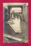 CPA.   Inondations.  Crue De La Loire En Anjou En Janvier 1910    Personnages. - Inondations