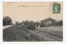 TREFFENDEL - LA GARE ET LA ROUTE DE RENNES - 35 - France