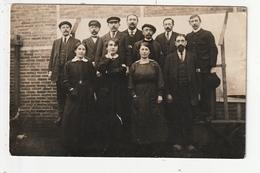 CARTE PHOTO - LE RELECQ KERHUON - POUDRERIE NATIONALE DU MOULIN BLANC - GROUPE D'EMPLOYES - 1916 - 29 - France