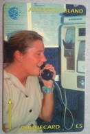 8CASA  Woman On Phone 5 Pounds - Ascension (Ile De L')