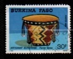 "BURKINA-FASO : Y&T (o)  784  ARTISANAT"" Panier Bissa "" - Stamps"