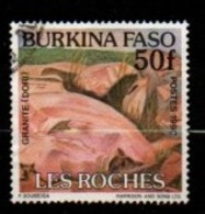 "BURKINA-FASO : Y&T (o) 831 "" Formation Rocheuse : Granit  "" - Minerals"