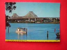 CPSM STORY BRIDGE AND BRISBANE RIVER   BATEAU  VOYAGEE 1973 TIMBRE SINGAPORE - Brisbane