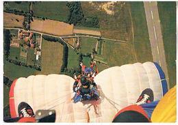 PARACHUTISME  LES CIRCAETES  3° REGION  AERIENNE   CPM BE  AV314 - Parachutisme
