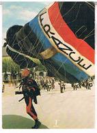 PARACHUTISME  ATTERISSAGE DE PRECISION  AU 1er R.H.P   CPM   AV314 - Parachutisme