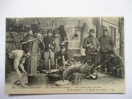AUX AVANTS POSTES FRANCAIS  -  UNE CUISINE DANS UNE CAVE            TRES ANIME         TTB - Militaria