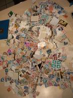 Vrac Timbres Du Monde : 1 Kg Soit + 15000 Estimés - Briefmarken