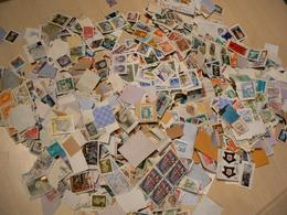 Vrac Timbres Du Monde Sur Fragment : 400 G Soit + 3500 Estimés - Timbres