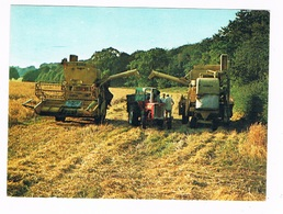TRAKTOR-15   Harvesting Corn With 2 Combines And A Tractor - Cultures