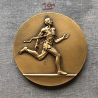 Medal Plaque (Plakette) PL000083 - Athletics Czechoslovakia Hungaria Marathon Of Liberty Komarom Komarno 1988 - Athlétisme