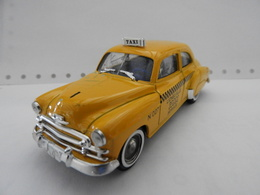 Chevrolet 1950 Taxi En Métal Au 1/43éme Made In France - Solido