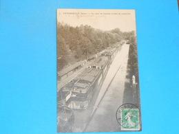 """02 ) VENDHUILLE - N° 5 - LA RAME DE BATEAUX SORTANT DU SOUTERRAIN """" Péniches """"  - Année 1913 - EDIT- - France"""