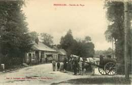 170119 - 27 FRENELLES Entrée Du Pays - Attelage Cheval Tonneau - Animé Mare - Francia