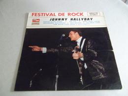 VINYLE 33 T FESTIVAL DE ROCK JOHNNY HALLYDAY ENREGISTRE EN PUBLIC  CMDINT 9662 - Rock