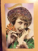 FEMME PAILLETTES STE CATHERINE - Cartes Postales