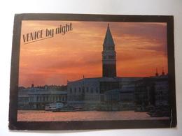 """Cartolina Viaggiata """"VENICE By Night"""" 1984 - Venezia"""