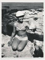 REAL PHOTO,Bikini Pretty Woman  On BEACH , Femme En Maillot De Bain Sur PLAGE , ORIGINAL - Photographs