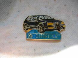 Pin's Du Concessionnaire Wolkswagen DITTEL SA à Colmar. Golf Noire - Volkswagen
