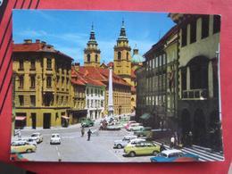 Ljubljana / Laibach - Magistrat / Auto (Fiat, Puch 500?) - Slovénie