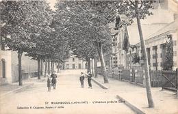 ¤¤   -   MACHECOUL  -  L'Avenue Près De La Gare  -   ¤¤ - Machecoul