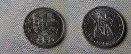 Portugal 2,5  Escudos 1983  Km#590  -        Sup - Portugal