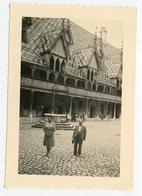 Homme Femme Hospice De Beaune 1948 40s - Places
