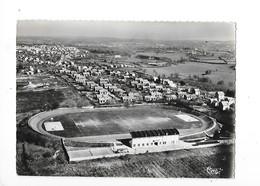 COMMENTRY  (cpsm 03)  Le Stade Et Les Cités   -  L 1 - Commentry