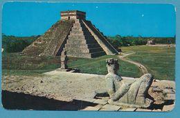 EL CASTILLO - The Castle -  Chichen Itza Yucatan - Mexico - Mexique