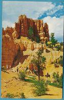 QUEEN'S CASTLE (animation) - BRYCE CANYON NATIONAL PARK - Utah - Circulé 1957 - Bryce Canyon
